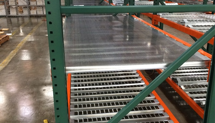 Punch Deck Pallet Rack Decking Rack Safety Products